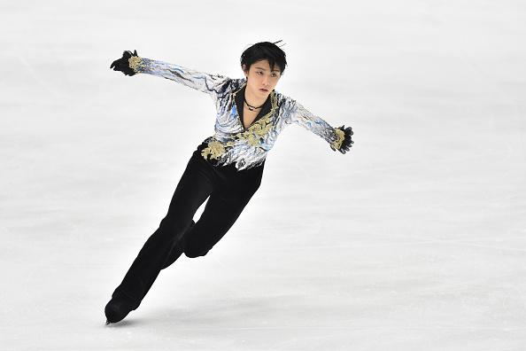 "CM Hundred million yen offer to Hanyu too! Rush to ""silver"" Uno!"